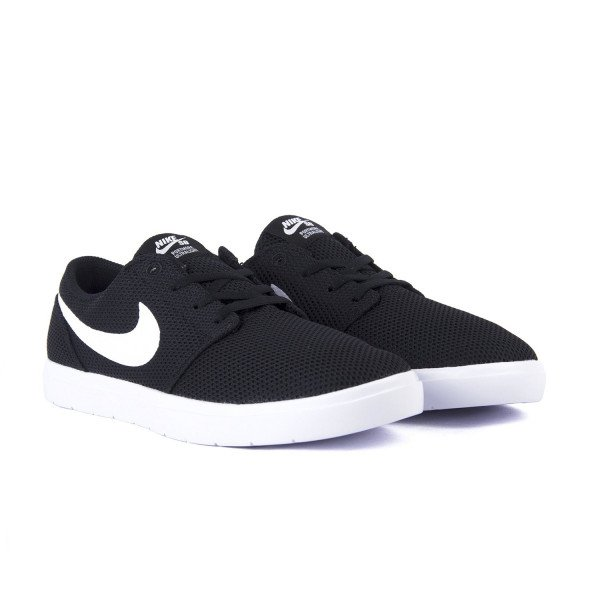 NIKE APAVI SB PORTMORE II ULTRALIGHT BLACK WHITE S18