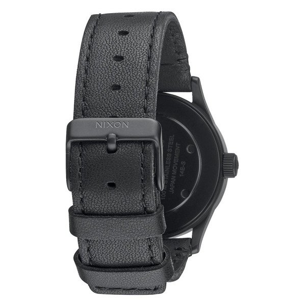 NIXON PULKSTENIS SENTRY 38 LEATHER BLACK WHITE