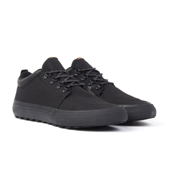 GLOBE APAVI GS CHUKKA YES APRES BLACK F18