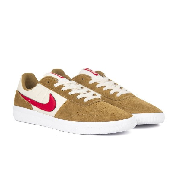 NIKE APAVI SB TEAM CLASSIC GOLDEN BEIGE RED S19